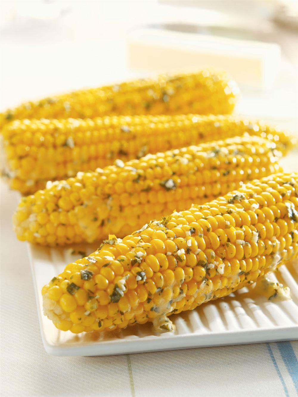 Corn on the Cob with Garlic Herb Butter 